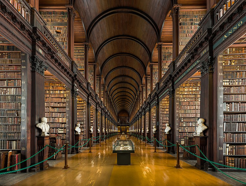 https://upload.wikimedia.org/wikipedia/commons/4/4b/Long_Room_Interior%2C_Trinity_College_Dublin%2C_Ireland_-_Diliff.jpg