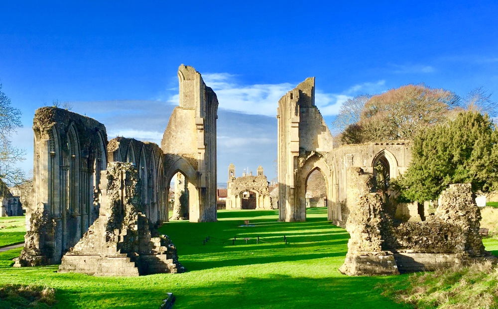 Glastonbury Abbey 3.jpg