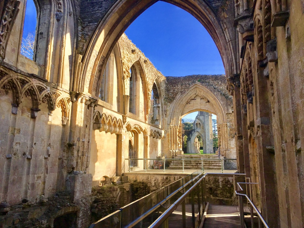 Glastonbury Abbey 5.jpg